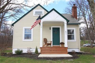Middletown Single Family Home For Sale: 671 Route 211