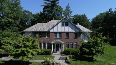 New Rochelle Single Family Home For Sale: 160 Overlook Road