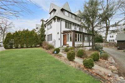 Bronxville Single Family Home For Sale: 15 Willow Circle