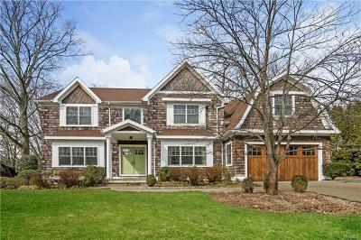 New Rochelle Single Family Home For Sale: 52 Highridge Road