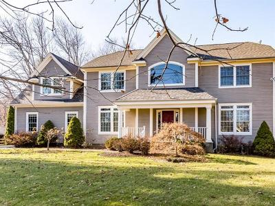 White Plains Single Family Home For Sale: 484 Rosedale Avenue