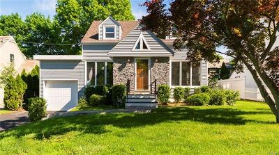 New Rochelle Single Family Home For Sale: 109 Seacord Road