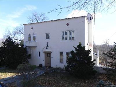 New Rochelle Single Family Home For Sale: 1 Agar Avenue