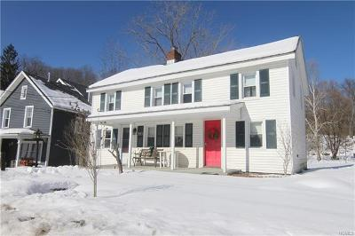 Poughquag Single Family Home For Sale: 32 Main Street