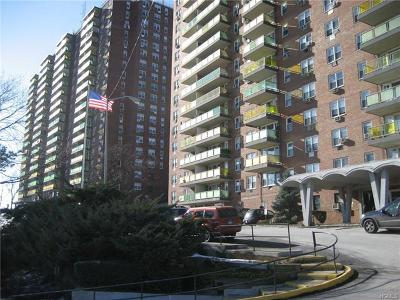 Yonkers Co-Operative For Sale: 1841 Central Park Avenue #4R