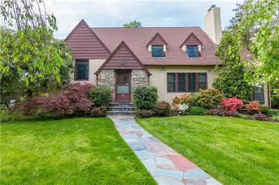 White Plains Single Family Home For Sale: 88 Hartsdale Avenue