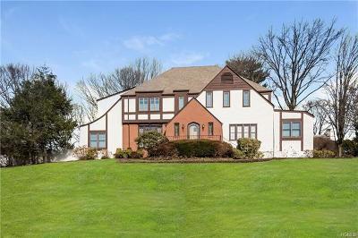 White Plains Single Family Home For Sale: 20 Carrigan Avenue