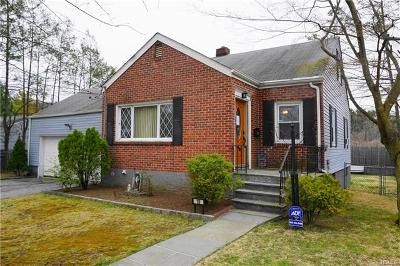 Single Family Home For Sale: 10 Cloverdale Avenue