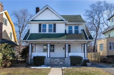 New Rochelle Single Family Home For Sale: 8 Ferdinand Place