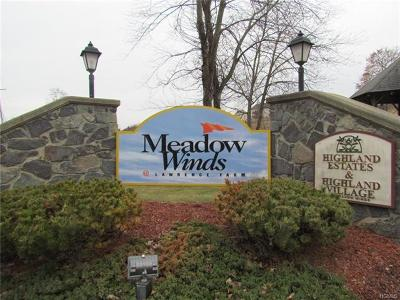Newburgh Condo/Townhouse For Sale: 1059 Maggie Road