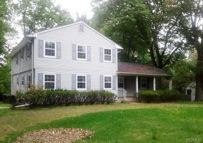 Rockland County Single Family Home For Sale: 345 Deer Track Lane