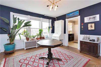 Westchester County Single Family Home For Sale: 304 Union Avenue