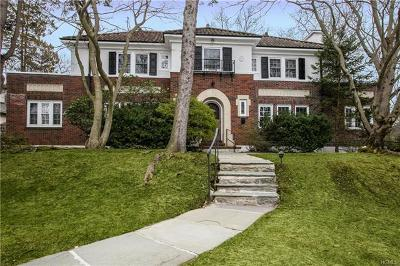 New Rochelle Single Family Home For Sale: 197 Trenor Drive