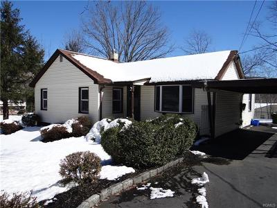 Single Family Home For Sale: 232 Old Haverstraw Road