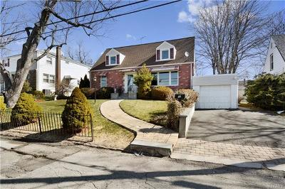 Yonkers NY Single Family Home For Sale: $499,900