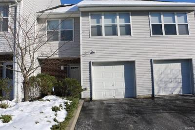 Middletown Condo/Townhouse For Sale: 45 Deer Ct Drive