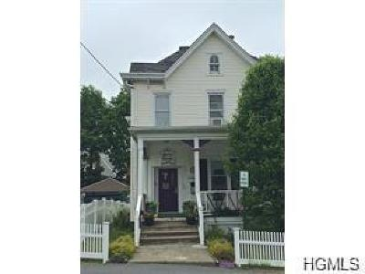 Middletown Single Family Home For Sale: 7 Orchard Street