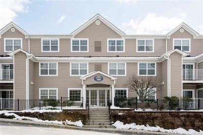 Westchester County Condo/Townhouse For Sale: 100 Woodcrest #129