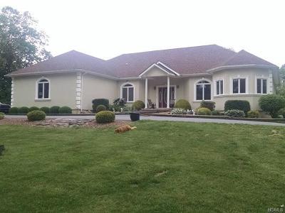 Pine Island Single Family Home For Sale: 29 Gurda