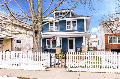 Yonkers Single Family Home For Sale: 54 Joan Drive