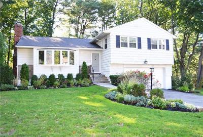 New Rochelle Single Family Home For Sale: 86 Ward Drive