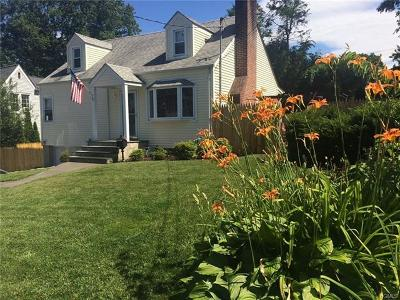 Westchester County Single Family Home For Sale: 90 Chelsea Street