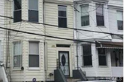 Bronx Multi Family 2-4 For Sale: 1047 Trinity Avenue