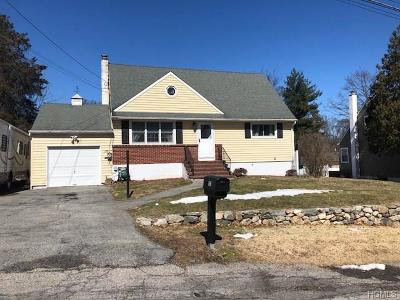 Westchester County Single Family Home For Sale: 103 Linda Place