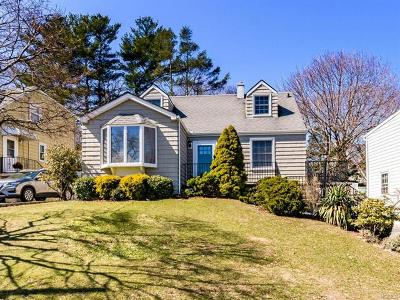 Yonkers Single Family Home For Sale: 21 Remsen Circle