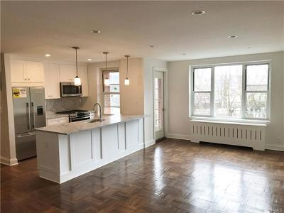 Hastings-On-Hudson Condo/Townhouse For Sale: 555 Broadway #1B