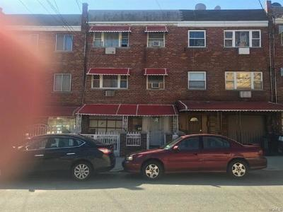 Bronx Multi Family 2-4 For Sale: 764 East 211th Street
