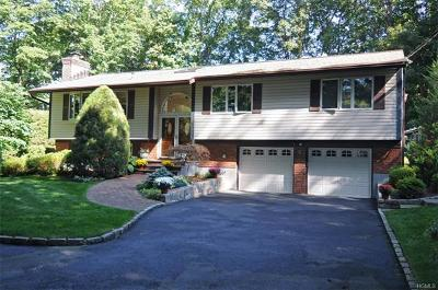 Scarsdale Single Family Home For Sale: 9 Deer Hill Lane