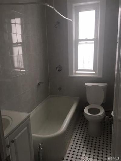 Bronx Rental For Rent: 1937 Hunt Avenue #2R