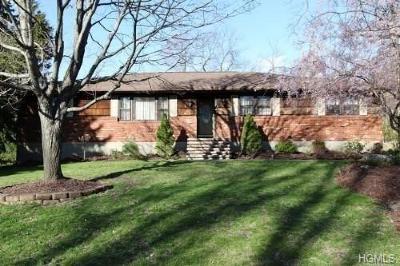Monroe Single Family Home For Sale: 53 Virginia Avenue