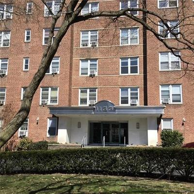 Yonkers Condo/Townhouse For Sale: 1133 Midland Avenue #1K