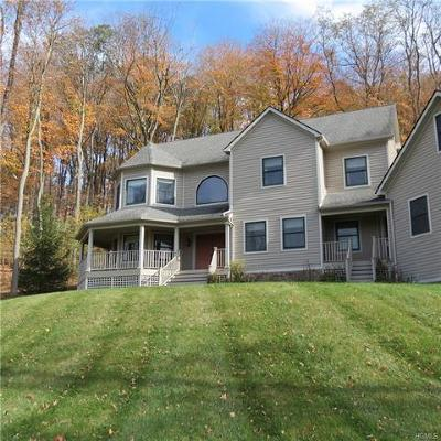 Cold Spring Single Family Home For Sale: 48 Billys Way