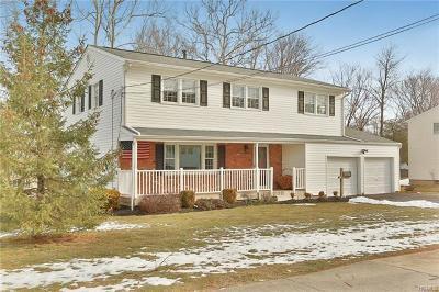 Blauvelt Single Family Home For Sale: 34 Blauvelt Road