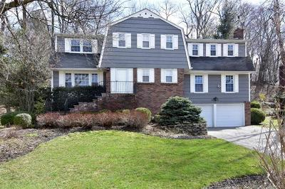 Tarrytown Single Family Home For Sale: 22 Powder Horn Way
