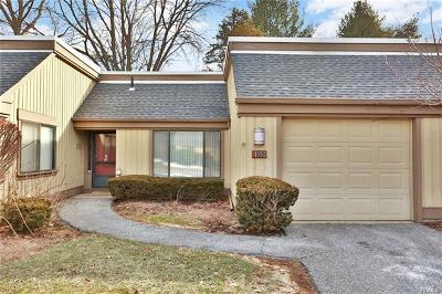 Somers Condo/Townhouse For Sale: 135 Heritage Hills #B