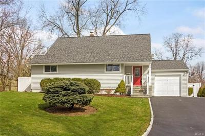 Hartsdale Single Family Home For Sale: 4 Barbara Lane