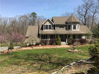 Pine Bush Single Family Home For Sale: 402 Walker Valley Road