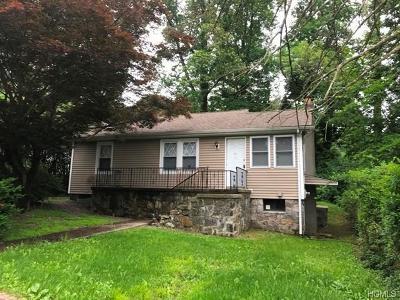 Mohegan Lake NY Single Family Home For Sale: $179,900
