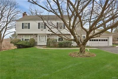 New Rochelle Single Family Home For Sale: 425 Quaker Ridge Road
