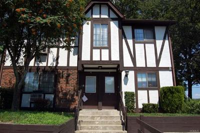 Middletown Condo/Townhouse For Sale: 2 Brittany Drive