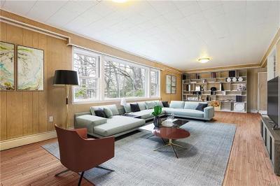 Irvington Single Family Home For Sale: 90 Fargo Lane