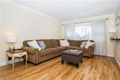 Eastchester Co-Operative For Sale: 15 Leewood Circle #4L
