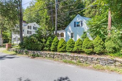 Mount Kisco Single Family Home For Sale: 34 Old Roaring Brook Road