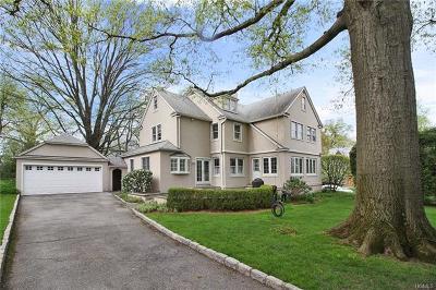 Pelham Single Family Home For Sale: 991 Plymouth Street