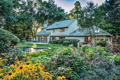 Westchester County Single Family Home For Sale: 372 Pine Brook Road