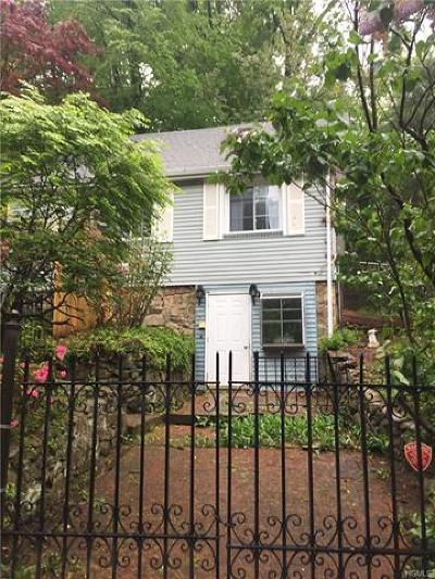 Lake Peekskill Single Family Home For Sale: 233 Walnut Road